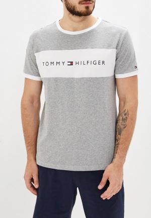 Футболка домашняя Tommy Hilfiger. Цвет: серый