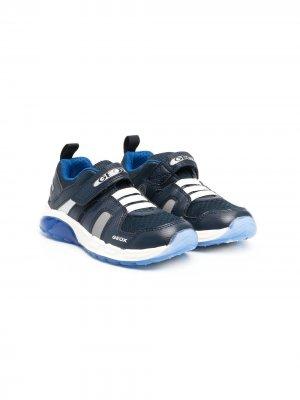 Кроссовки на липучках с логотипом Geox Kids. Цвет: синий