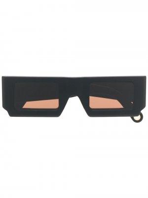 Солнцезащитные очки в квадратной оправе Jacquemus. Цвет: черный