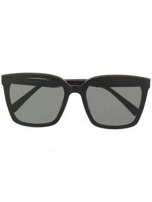 Солнцезащитные очки Tega в квадратной оправе Gentle Monster. Цвет: черный