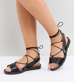 Резиновые сандалии для широкой стопы с завязками ASOS FIZZLE DESIGN. Цвет: черный