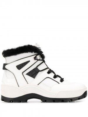 Ботильоны Brooke на шнуровке Michael Kors. Цвет: белый