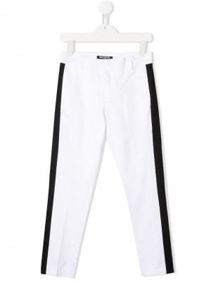 Классические брюки с боковыми вставками Balmain Kids. Цвет: белый