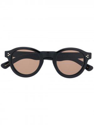 Солнцезащитные очки Gaston в круглой оправе Lesca. Цвет: черный