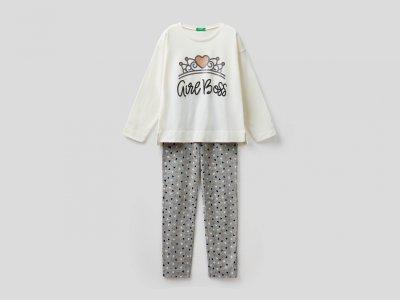 Пижама с принтом Benetton. Цвет: бежевый