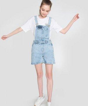 Короткий джинсовый комбинезон O`Stin. Цвет: голубой