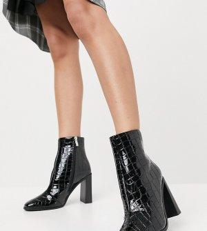 Черные ботильоны для широкой стопы на блочном каблуке с эффектом крокодиловой кожи -Черный цвет Glamorous Wide Fit