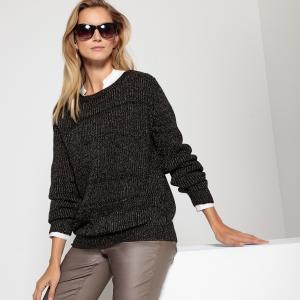 Пуловер свободного покроя с вырезом-лодочкой волокнами металлическим блеском ANNE WEYBURN. Цвет: коричневый,черный,экрю