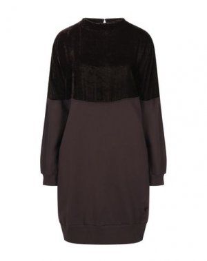 Короткое платье EUROPEAN CULTURE. Цвет: темно-коричневый