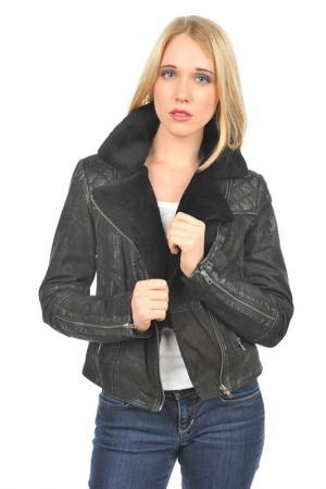 Куртка Arturo. Цвет: черный