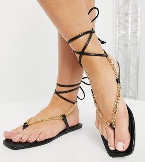 Черные сандалии на плоской подошве с цепочкой Glamorous-Черный цвет Glamorous Wide Fit