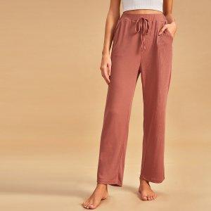 Однотонные домашние брюки в рубчик с узлом SHEIN. Цвет: красный