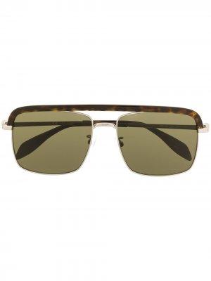 Солнцезащитные очки Skull в квадратной оправе Alexander McQueen Eyewear. Цвет: коричневый