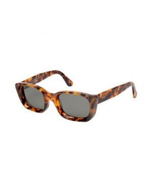 Солнечные очки RETROSUPERFUTURE. Цвет: темно-коричневый