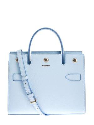 Однотонная сумка-тоут Title из крупнозернистой кожи BURBERRY. Цвет: голубой