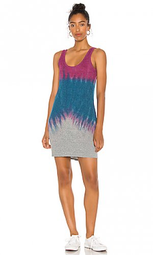 Платье Chaser. Цвет: синий