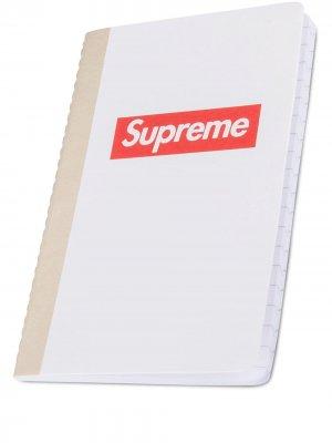Записная книжка с логотипом Supreme. Цвет: белый