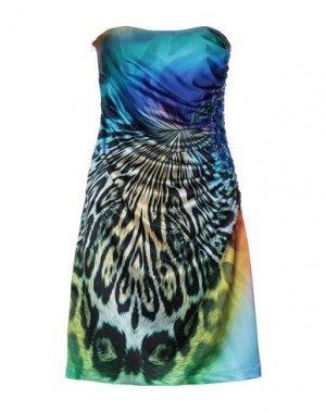Короткое платье FEMÌ. Цвет: синий