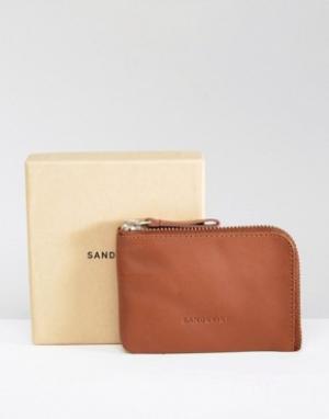 Коричневый кожаный бумажник Penny Sandqvist. Цвет: коричневый