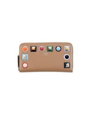 Бумажник FENDI. Цвет: светло-коричневый