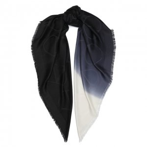 Шелковая шаль Valentino. Цвет: чёрный