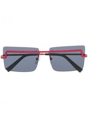 Квадратные солнцезащитные очки X Adam Selman International Le Specs. Цвет: черный