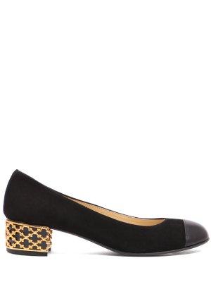Замшевые туфли для девочки Valentina. Цвет: черный