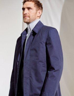Макинтош с технологией Stormwear™ M&S Collection. Цвет: темно-синий