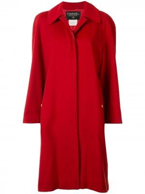 Кашемировое пальто 1996-го года с логотипом CC на пуговицах Chanel Pre-Owned. Цвет: красный