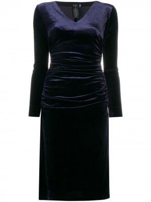 Бархатное платье миди Norma Kamali. Цвет: синий