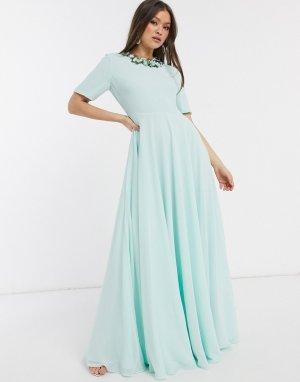 Платье макси с короткими рукавами и 3D-отделкой на горловине -Зеленый цвет ASOS DESIGN