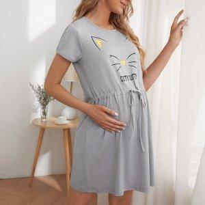 Для беременных Ночная рубашка буква & с принтом кошки на кулиске SHEIN. Цвет: светло-серый