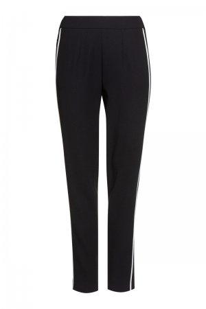 Зауженные брюки с эластичным поясом VASSA&Co. Цвет: черный