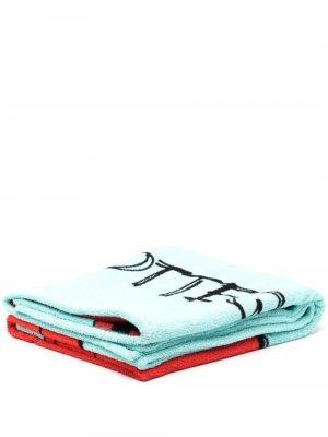 Пляжное полотенце с принтом Bottega Veneta. Цвет: синий