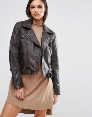 Кожаная куртка Maya Selected. Цвет: коричневый