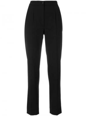Классические зауженные к низу брюки Dolce & Gabbana. Цвет: черный