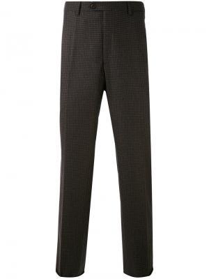 Классические брюки Brioni. Цвет: коричневый