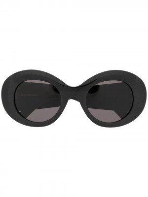 Солнцезащитные очки в круглой оправе Balenciaga Eyewear. Цвет: черный
