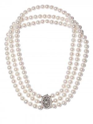 Колье из белого золота с жемчугом и бриллиантами Yoko London. Цвет: серебристый