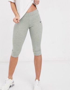 Серые леггинсы-капри с галочкой -Серый Nike