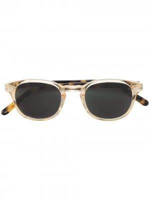 Квадратные солнцезащитные очки с затемненными линзами Lesca. Цвет: нейтральные цвета