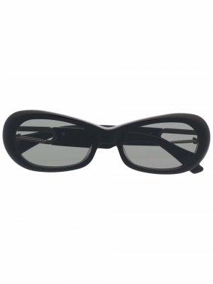 Солнцезащитные очки Carabiner 2 из коллаборации с Gentle Monster AMBUSH. Цвет: черный