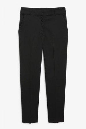 Зауженные брюки Monki. Цвет: черный