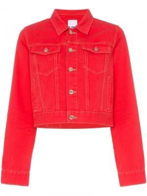 Укороченная джинсовая куртка приталенного кроя SJYP. Цвет: красный