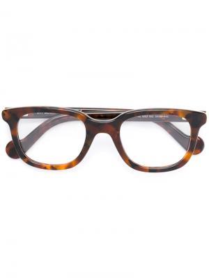 Square frame tortoiseshell glasses Moncler. Цвет: коричневый