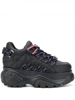 Кроссовки на массивной подошве Buffalo. Цвет: черный