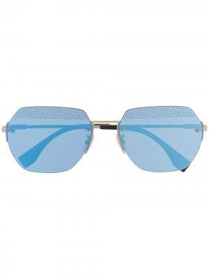 Солнцезащитные очки в шестиугольной оправе Fendi Eyewear. Цвет: серебристый