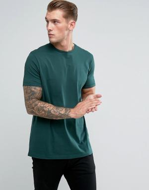 Длинная зеленая футболка с круглым вырезом ASOS DESIGN. Цвет: зеленый