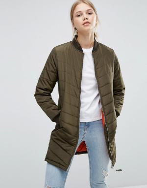 Удлиненная стеганая куртка‑пилот Brave Soul. Цвет: зеленый