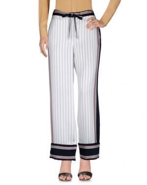 Повседневные брюки EQUIPMENT. Цвет: белый